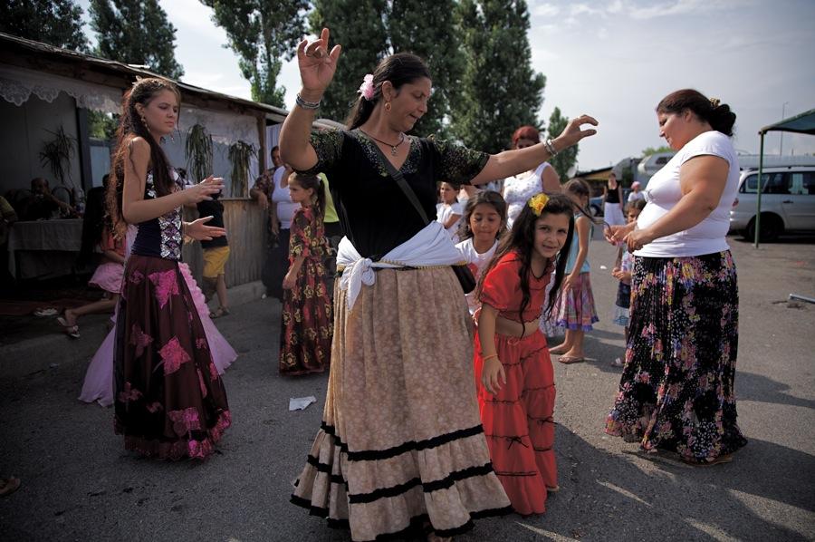 Rom: i costi della segregazione secondo i media