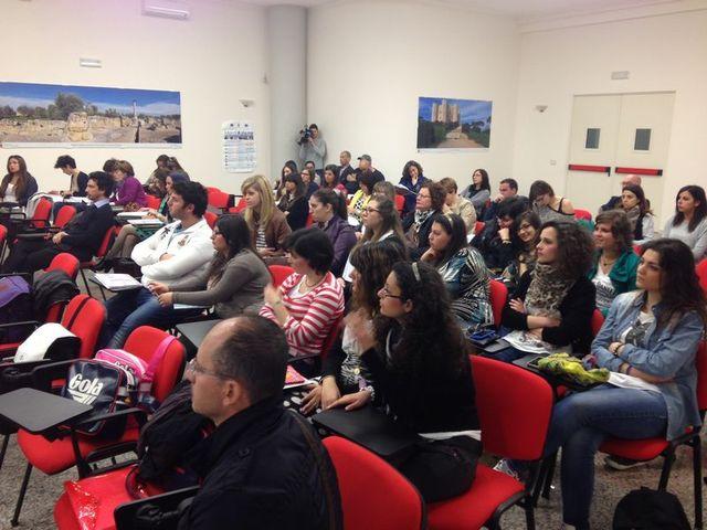 A Trani una formazione per gli operatori sociali sulla comunicazione interculturale.