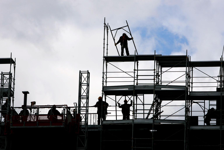Pubblicazione del rapporto OSCE. Per l'Espresso la conferma di 6 miti da sfatare su immigrati e lavoro