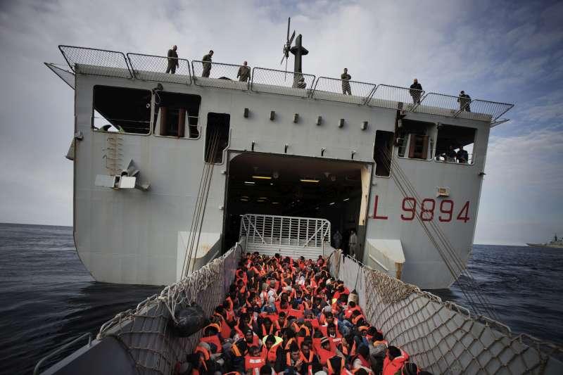 In fuga dalla Siria. Dal 2011 oltre 123mila rifugiati in Europa