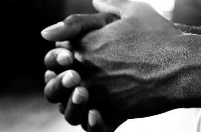 """Gli eritrei fotografati col Papa e la loro """"assicurazione sulla vita"""""""