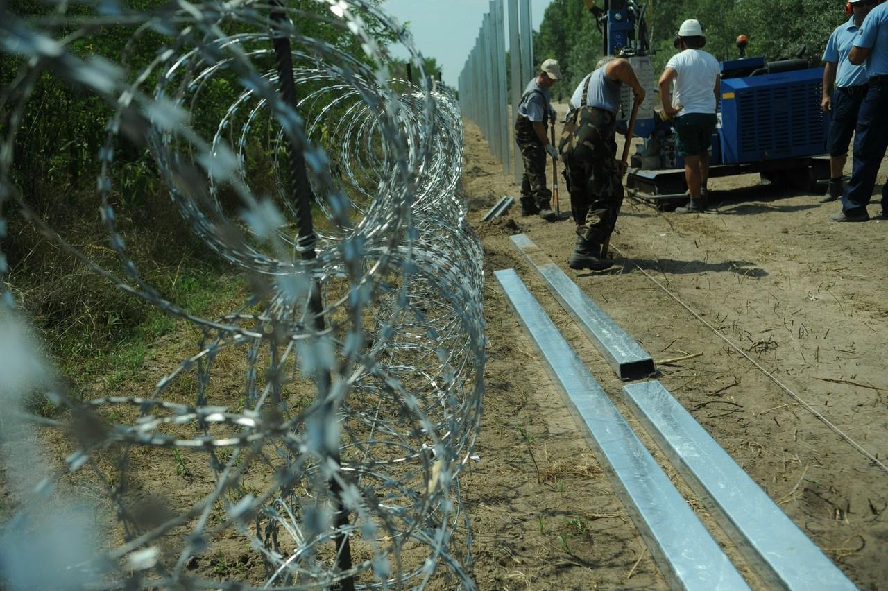 La devastazione delle guerre e le frontiere sotto i riflettori
