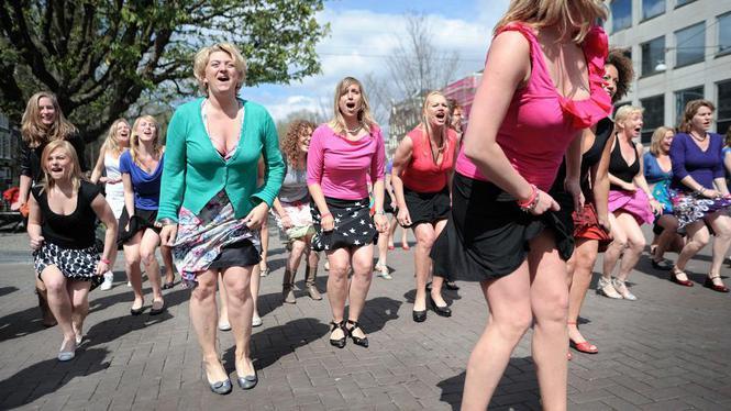 Il Post: l'Olanda ha davvero vietato la minigonna?