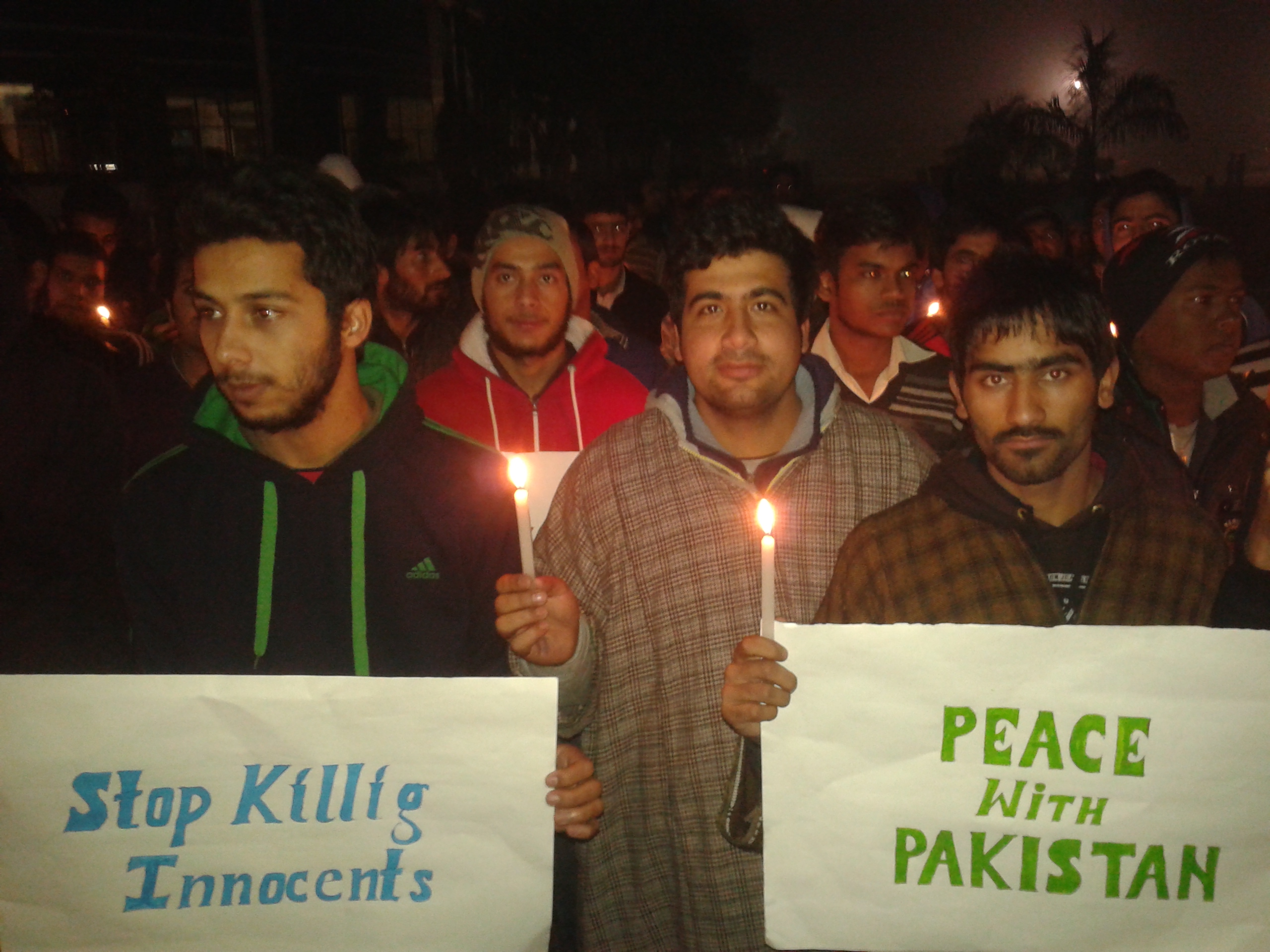 Candle_march_against_Peshwar_attacks_in_Ambala,_Haryana,_India3