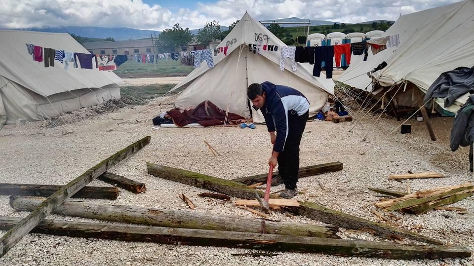 Grecia, non solo Idomeni. Un blog per raccontare il campo di Katsika