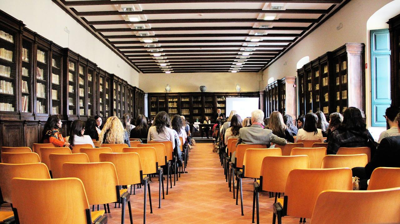 Forte dei Marmi. Formazione continua sulla Carta di Roma il 12 luglio
