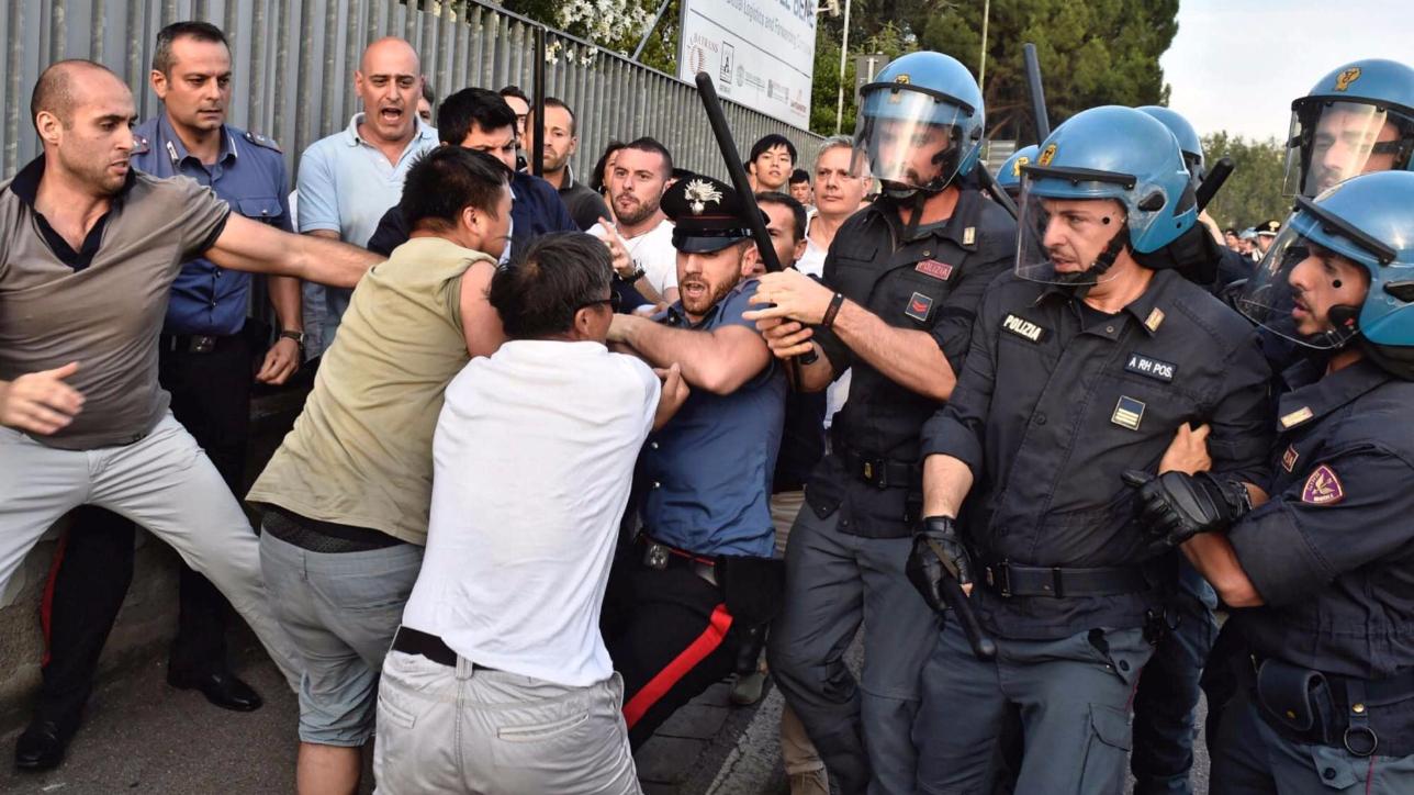 Le tensioni che vedono protagonista la comunità cinese di Sesto Fiorentino sulla stampa