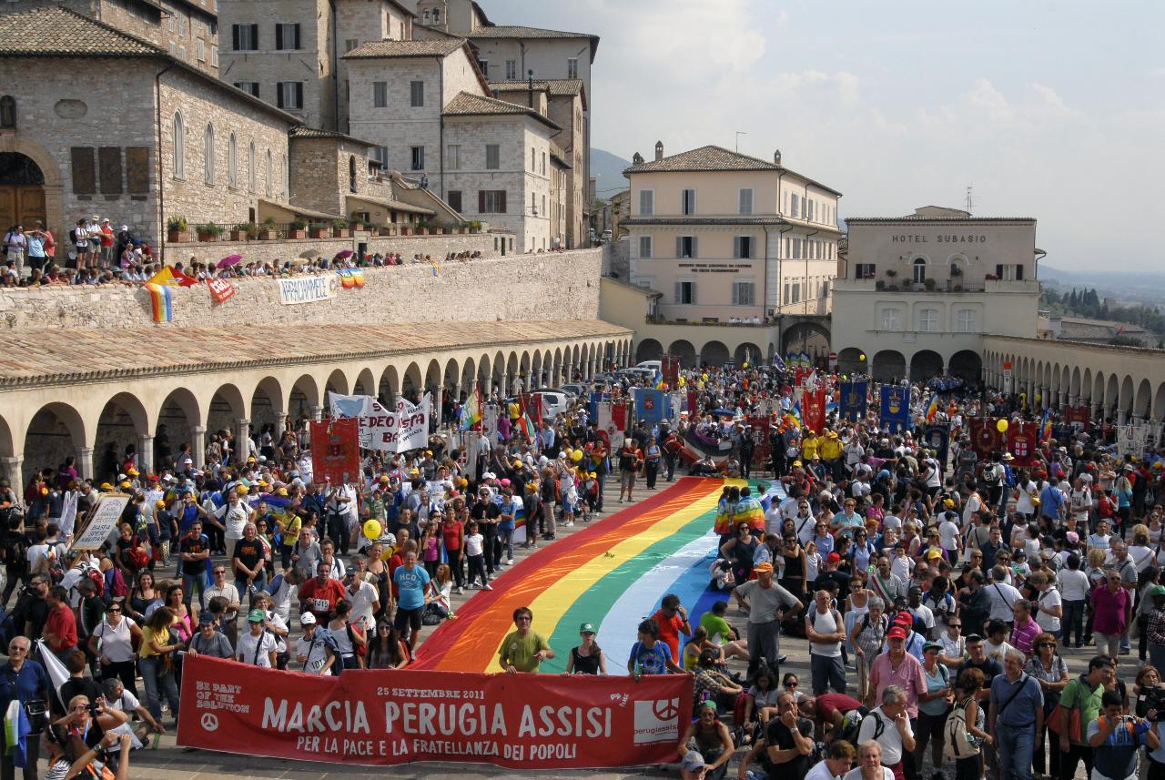 L'Associazione Carta di Roma alla Marcia per la pace