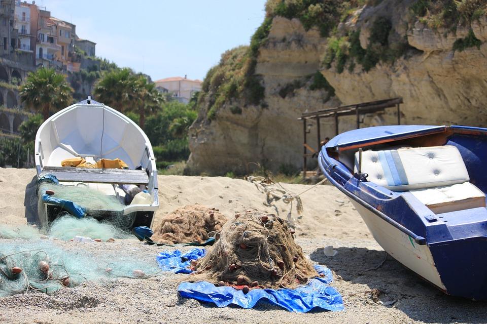 I luoghi della normalità in un viaggio attraverso la Calabria
