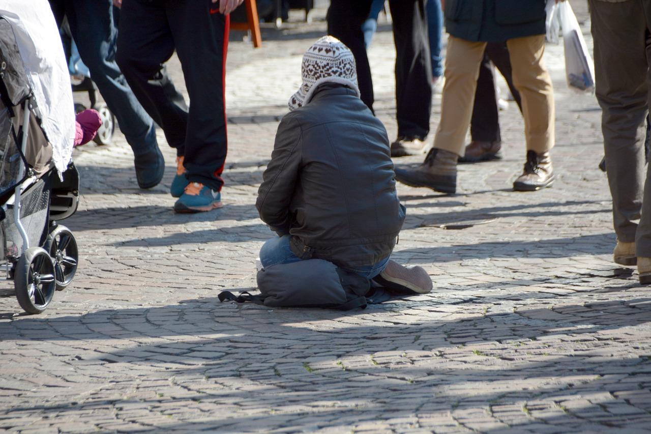 Tra povertà e esclusione sociale, i minori stranieri in Europa