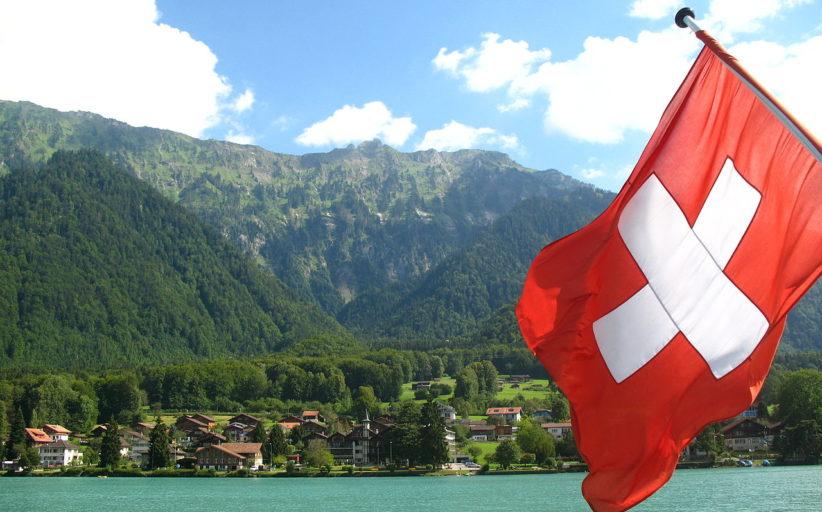 La Svizzera riconosce i suoi nipoti: vittoria del sì al referendum sulla cittadinanza