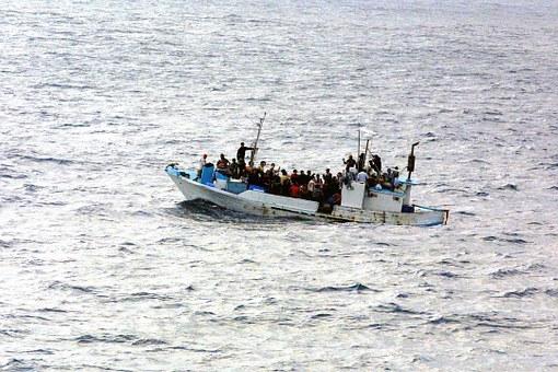 Rifugiati e migranti, 7 grafici per capire come stanno le cose in Italia