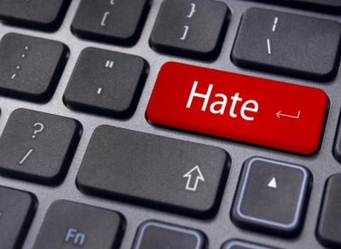 Appello a tutti i giornalisti e cittadini contro le parole di odio