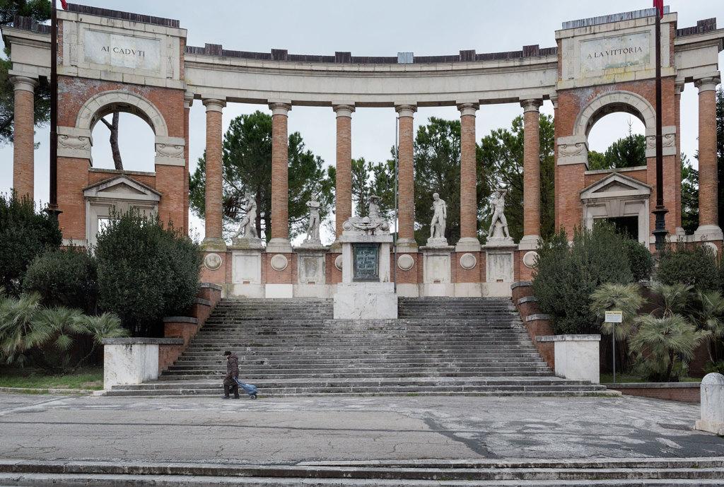 I fantasmi di Macerata due mesi dopo l'attentato razzista