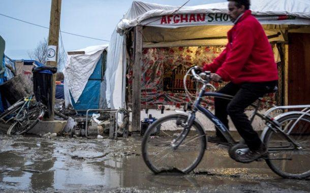 Come il governo britannico dissuade i richiedenti asilo attraverso la